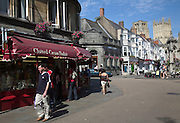 Market place and Penniless Porch archway, Wells, Somerset, England