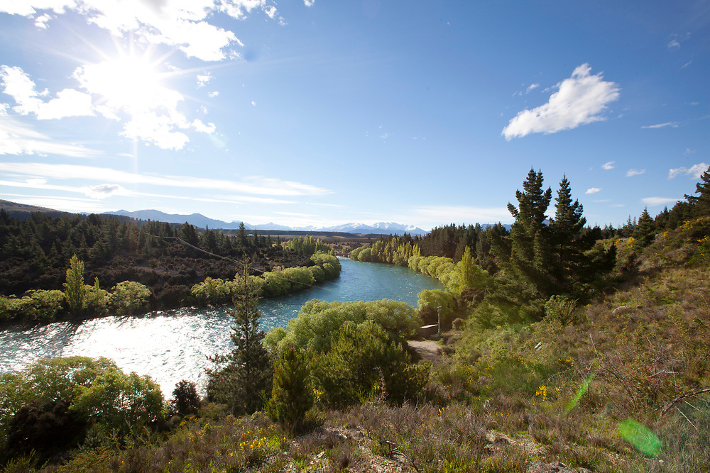 Glistening clean water of the highest volume river of NZ the Clutha River (Mata-AU).