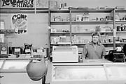 "1006-B075-24 ""Food co-op. 1970"" (Willamette People's Cooperative, Willamette People's Food Co-op, 22nd and Emerald, Eugene)"