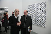 BERNARD FRIZE AND JEREMY LEWISON, BERNARD FRIZE opening. Simon Lee Gallery. Berkeley St. London. 9 October 2007. -DO NOT ARCHIVE-© Copyright Photograph by Dafydd Jones. 248 Clapham Rd. London SW9 0PZ. Tel 0207 820 0771. www.dafjones.com.