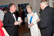 PRINCESS ALEXANDRA; SIR NICHOLAS GRIMSHAW PRESIDENT OF THE RA, Royal Academy of Arts Annual dinner. Royal Academy. Piccadilly. London. 1 June <br /> <br />  , -DO NOT ARCHIVE-© Copyright Photograph by Dafydd Jones. 248 Clapham Rd. London SW9 0PZ. Tel 0207 820 0771. www.dafjones.com.