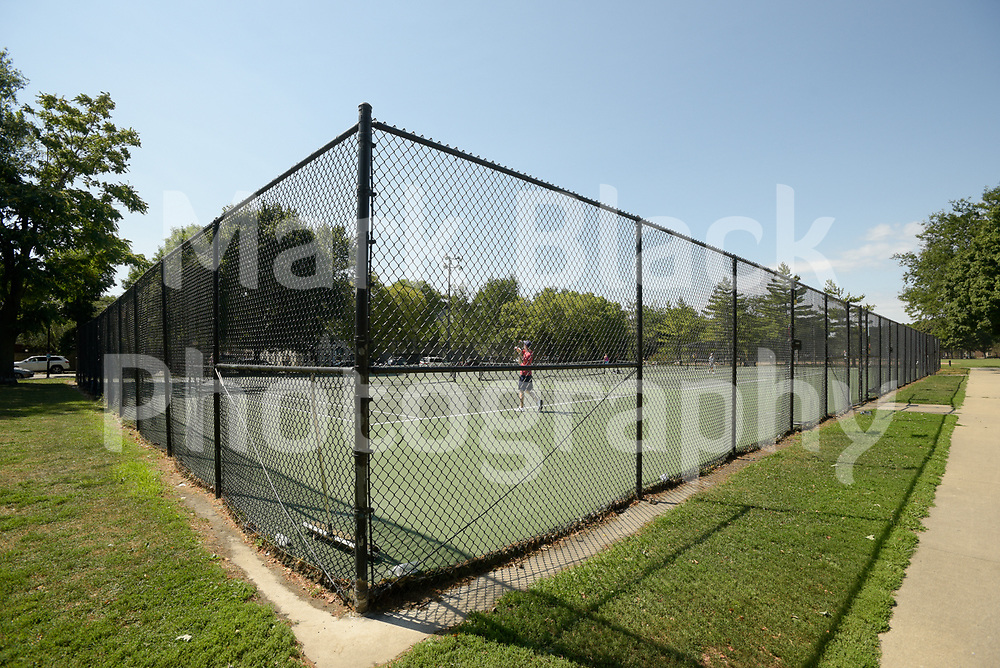Oz Park Tennis courts in Chicago on Thursday, Sept. 3, 2020. Photo by Mark Black