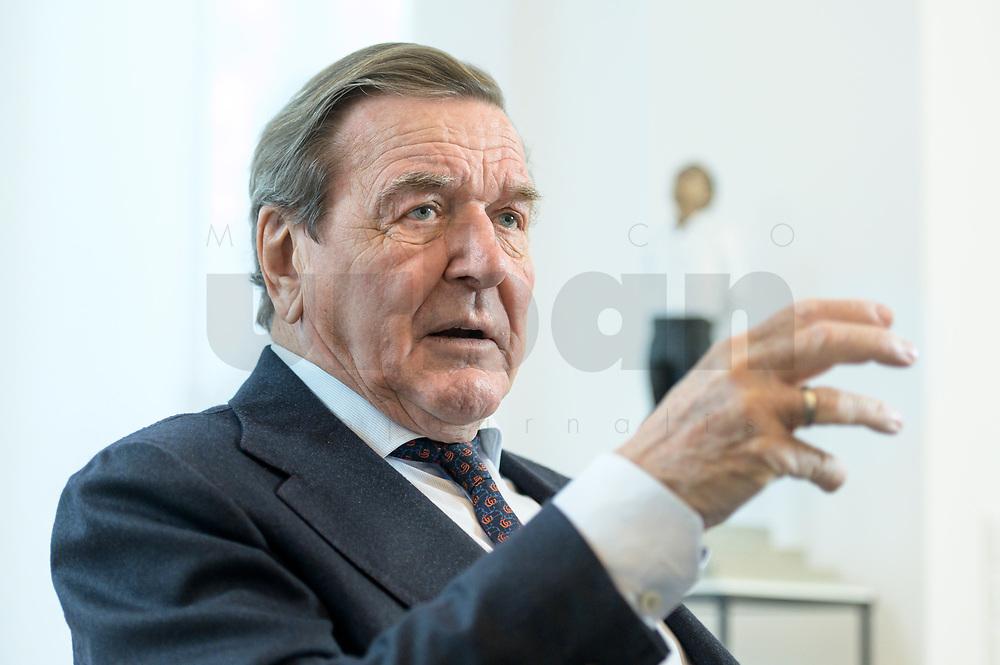 11 DEC 2019, HANNOVER/GERMANY:<br /> Gerhard Schroeder, SPD, Bundeskanzler a.D., waehrend einem Interview, im Buero seiner Anwaltskanzlei<br /> IMAGE: 20191211-01-018<br /> KEYWORDS: Gerhard Schröder, Büro