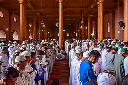 June 15, 2018 - Srinagar, Jammu & Kashmir, India - People of Kashmir offering Absentia funeral prayers for Senior Kashmiri Journalist and editor in chief of Rising Kashmir Shujaat Bukhari inside historic Jamia Masjid after Friday prayers. Shujaat Bukhari was shot dead by unknown gunmen on Thursday 14 June 2018 Evening Outside his office in Srinagar summer capital of Indian Kashmir. (Credit Image: © Abbas Idrees/SOPA Images via ZUMA Wire)