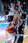 DESCRIZIONE : Varese Lega A 2013-14 Cimberio Varese Granarolo Bologna<br /> GIOCATORE : Banks Adrian<br /> CATEGORIA : Palleggio penetrazione<br /> SQUADRA : Cimberio Varese<br /> EVENTO : Campionato Lega A 2013-2014<br /> GARA : Cimberio Varese Granarolo Bologna<br /> DATA : 2612/2013<br /> SPORT : Pallacanestro <br /> AUTORE : Agenzia Ciamillo-Castoria/I.Mancini<br /> Galleria : Lega Basket A 2012-2013  <br /> Fotonotizia : Varese  Lega A 2013-14 Cimberio Varese Granarolo Bologna<br /> Predefinita :