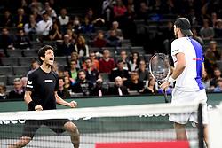 November 5, 2017 - Paris, France, France - joie de Lukasz Kubot / Marcelo Melo (Bra) en fin de match (Credit Image: © Panoramic via ZUMA Press)
