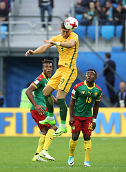 2017?6?23?.   ????????——?????????????????.    6?22???????????????????????.    ??????????????2017????????B???????????1?1?????????.    ?????????..(SP)RUSSIA-ST. PETERSBURG-2017 FIFA CONFEDERATIONS CUP-CMR VS AUS..(170623) -- ST. PETERSBURG, June 23, 2017  Tomi Juric (top) of Australia competes for a header during the group B match between Cameroon and Australia of the 2017 FIFA Confederations Cup in St. Petersburg, Russia, on June 22, 2017. The match ended with a 1-1 tie.  7 9854294892 (Credit Image: © Xu Zijian/Xinhua via ZUMA Wire)