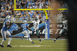 DETROIT - SEPTEMBER 19: Quarterback Michael Vick #7 of the Philadelphia Eagles passes during the game against the Detroit Lions on September 19, 2010 at Ford Field in Detroit, Michigan. (Photo by Drew Hallowell/Getty Images)  *** Local Caption *** Michael Vick