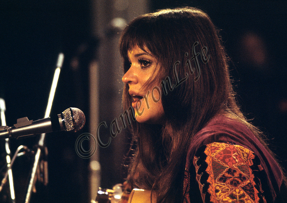 """Melanie Safka - close-up.- .Most people know that Melanie's song """"Brand New Key"""" was irreverently re-released by the Worzels as 'Combine Harvester'. What is not so widely known was that she was booked as the first solo pop/rock artist ever to appear at Carnegie Hall,the Metropolitan Opera House and the General Assembly of the United Nations, where delegates greeted her performance with standing ovations."""