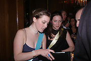 Conde Nast Traveller Tsunami Appeal dinner. Four Seasons  Hotel. Hamilton Place, London W1. 2 March 2005. ONE TIME USE ONLY - DO NOT ARCHIVE  © Copyright Photograph by Dafydd Jones 66 Stockwell Park Rd. London SW9 0DA Tel 020 7733 0108 www.dafjones.com