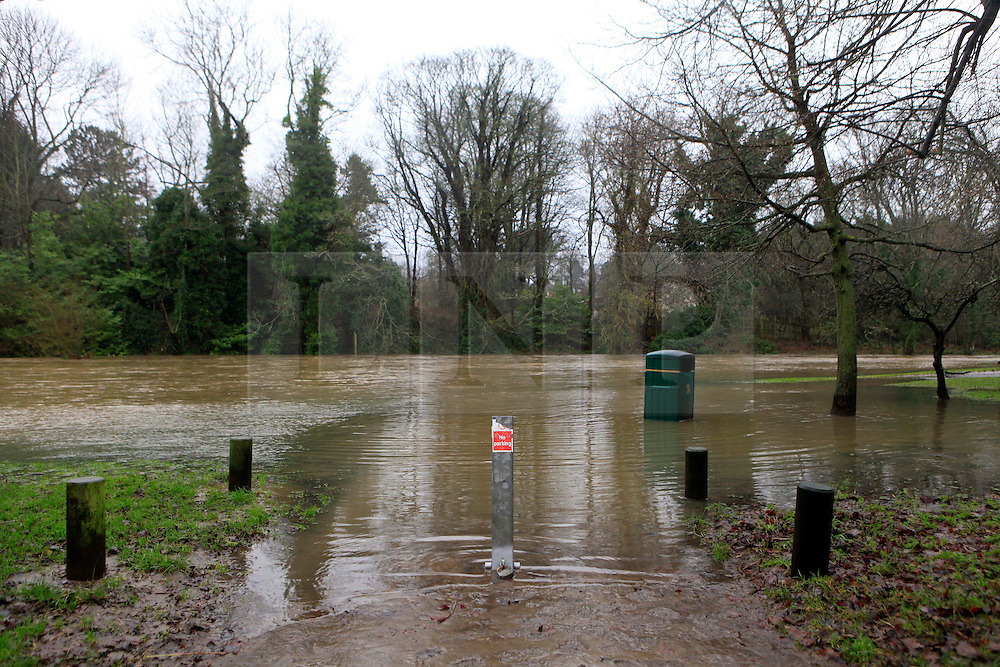 © London News Pictures. 06/01/2016. Ponteland Park floods after the River Pont bursts its banks at Ponteland, North east England. Large parts of the UK continue to suffer flooding after more heavy rain.  Areas of Northumberland and the North East have suffered with many being displaced from their homes as a result of flooding. Photo credit: Adam Davies/LNP