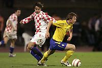 Fotball<br /> VM-kvalifisering<br /> 08.10.2005<br /> Kroatia v Sverige 1-0<br /> Foto: Dppi/Digitalsport<br /> NORWAY ONLY<br /> <br /> KIM KÄLLSTROM (SWE) / MIKO KRANJCAR (CRO)