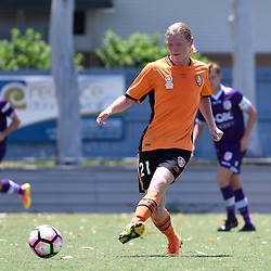 BRISBANE, AUSTRALIA - JANUARY 8: Kye Rowles of the Roar passes the ball during the round 8 Foxtel National Youth League match between the Brisbane Roar and Perth Glory at AJ Kelly Field on January 8, 2017 in Brisbane, Australia. (Photo by Patrick Kearney/Brisbane Roar)