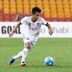 BRISBANE, AUSTRALIA - FEBRUARY 21: Chanathip Songkrasin of Muangthong United in action during the Asian Champions League Group Stage match between the Brisbane Roar and Muangthong United FC at Suncorp Stadium on February 21, 2017 in Brisbane, Australia. (Photo by Patrick Kearney/Brisbane Roar)