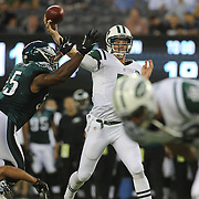 Jets quarterback Matt Simms in action during the first quarter of the New York Jets V Philadelphia Eagles Pre Season NFL match at MetLife Stadium, East Rutherford, NJ, USA. 29th August 2013. Photo Tim Clayton