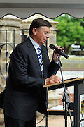 The Governor of Western Australia, His Excellency Malcolm McCusker AC CVO, speaking at the rededication ceremony of the Stirling Memorial Gates