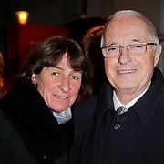 NLD/Amsterdam/20111222 - Wintercircus 2011 Carre, Theo Heuft en partner moni
