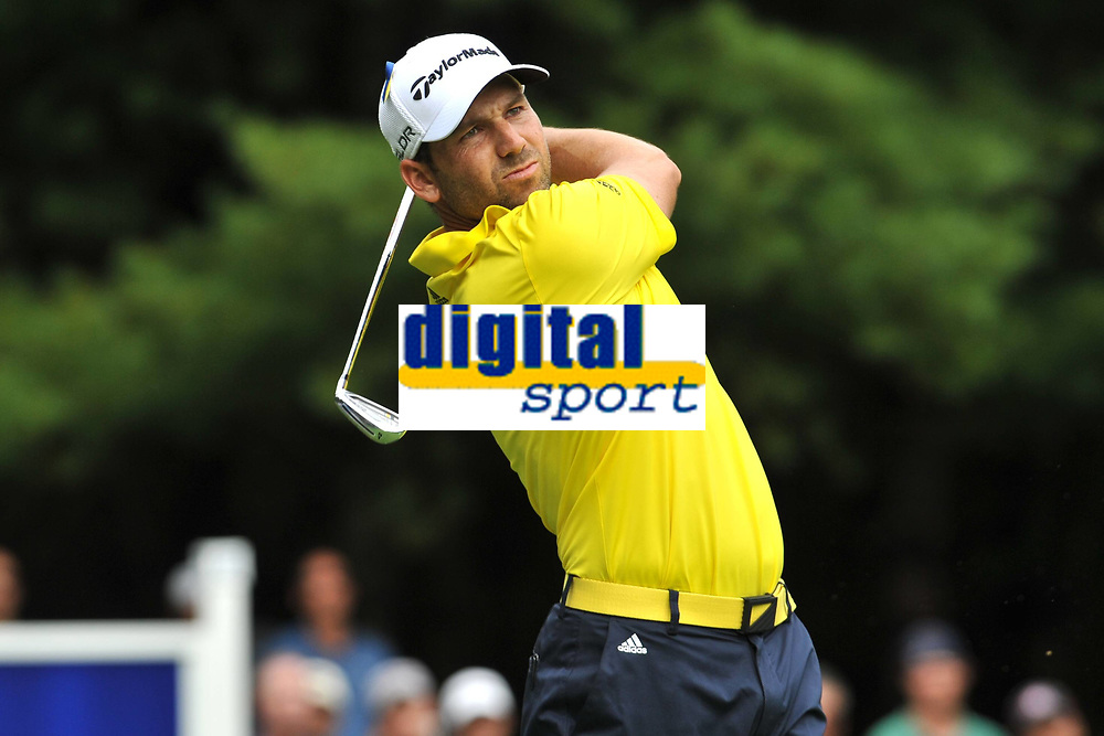 Golf<br /> Foto: imago/Digitalsport<br /> NORWAY ONLY<br /> <br /> 02 September 2013:Sergio Garcia hits a nice iron shot off the 11th hole tee box at the Final Round of the Deutsche Bank Championship at TPC Boston in Norton, MA