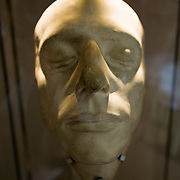 """London July 22 The house where John Keats composed some of his most famous poetry and fell in love with the teenage girl next door has been reopened after a £500000.  Exhibits include a death mask taken in Rome and a dress of 18-year-old Fanny Brawne, described by Keats as """"beautiful, elegant, graceful, silly, fashionable and strange""""....***Standard Licence  Fee's Apply To All Image Use***.Marco Secchi /Xianpix. tel +44 (0) 845 050 6211. e-mail ms@msecchi.com or sales@xianpix.com.www.marcosecchi.com"""