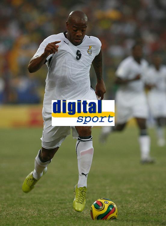 Photo: Steve Bond/Richard Lane Photography.<br />Ghana v Morocco. Africa Cup of Nations. 28/01/2008. Junior Agogo heads for goal