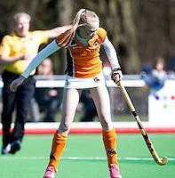 AMSTELVEEN - HOCKEY - Fiona Morgenstern van OZ tijdens de hoofdklasse hockeywedstrijd tussen de vrouwen van Hurley en Oranje-Zwart.  COPYRIGHT KOEN SUYK