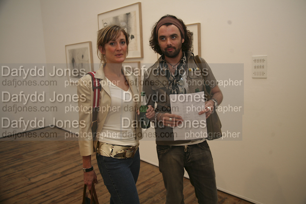 Lee Johnson and Johnny Fitzgerald, Al Taylor private view. Haunch of Venison. London. 13 September 2006. ONE TIME USE ONLY - DO NOT ARCHIVE  © Copyright Photograph by Dafydd Jones 66 Stockwell Park Rd. London SW9 0DA Tel 020 7733 0108 www.dafjones.com