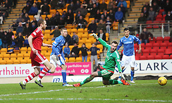 St Johnstone's David Wotherspoon scoring their second goal. <br /> St Johnstone 3 v 4Aberdeen, SPFL Ladbrokes Premiership played 6/2/2016 at McDiarmid Park, Perth.