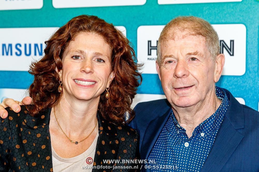 NLD/Amsterdam/20180119 - Inloop premiere Hyena's op het IJs, Barbara Barend en vader Frits Barend