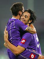 Firenze 20/09/2006<br /> Campionato Italiano Serie A 2006/07<br /> Fiorentina-Parma<br /> Mutu abbracciato dopo il gol da Toni<br /> Foto Luca Pagliaricci Inside