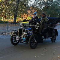 Gladiator   Side-entrance tonneau   1904    Driven By   Mr John Boland, Bonhams London to Brigthon Veteran Car Run Supported by Hiscox,, 06/11/2016,