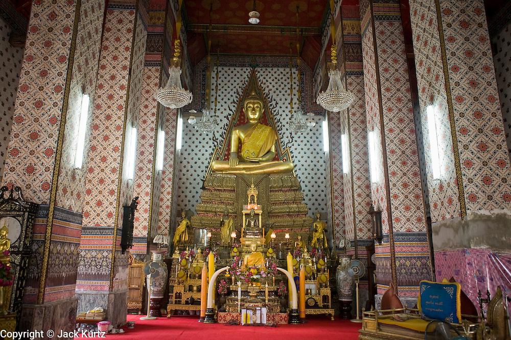 02 MARCH 2008 -- BANGKOK, THAILAND:   The ordination hall at Wat Arun (Temple of the Dawn) in Bangkok, Thailand.   Photo by Jack Kurtz/ZUMA Press