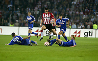 Fotball<br /> Kvalifisering til Champions League<br /> PSV Eindhoven v Røde Stjerne Beograd<br /> 25. august 2004<br /> Foto: Digitalsport<br /> NORWAY ONLY<br /> eindhoven 25-08-2004 champions league. psv rode ster belgrado uitslag 5-0 hiet een uitstekende aktie van andre ooijer
