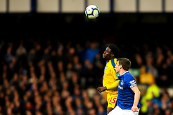 Jeffrey Schlupp of Crystal Palace beats Seamus Coleman of Everton in the air - Mandatory by-line: Robbie Stephenson/JMP - 21/10/2018 - FOOTBALL - Goodison Park - Liverpool, England - Everton v Crystal Palace - Premier League