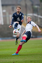 Dundee's Martin Boyle and Falkirk's Craig Sibbald.<br /> half time : Dundee 0 v 1 Falkirk, Scottish Championship game played today at Dundee's Dens Park.<br /> © Michael Schofield.