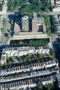 Nederland, Amsterdam, Frederiksplein, 25-09-2002; hoofdkantoor van De Nederlandsche Bank (DNB); economie, stadsgezicht, zie ook andere (detail)foto's van deze lokatie..Central Bank - De Nederlandsche Bank (DNB) economy, cityscape<br /> luchtfoto (toeslag), aerial photo (additional fee)<br /> foto /photo Siebe Swart