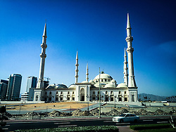 Mosque in Khor al Fakkan. Images from the MSC Musica cruise to the Persian Gulf, visiting Abu Dhabi, Khor al Fakkan, Khasab, Muscat, and Dubai, traveling from 13/12/2015 to 20/12/2015.