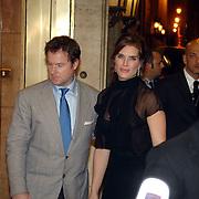 ITA/Rome/20061117 - Huwelijk Tom Cruise en Katie Holmes, Brooke Shields en partner Chris Henchy arriveren bij het hotel