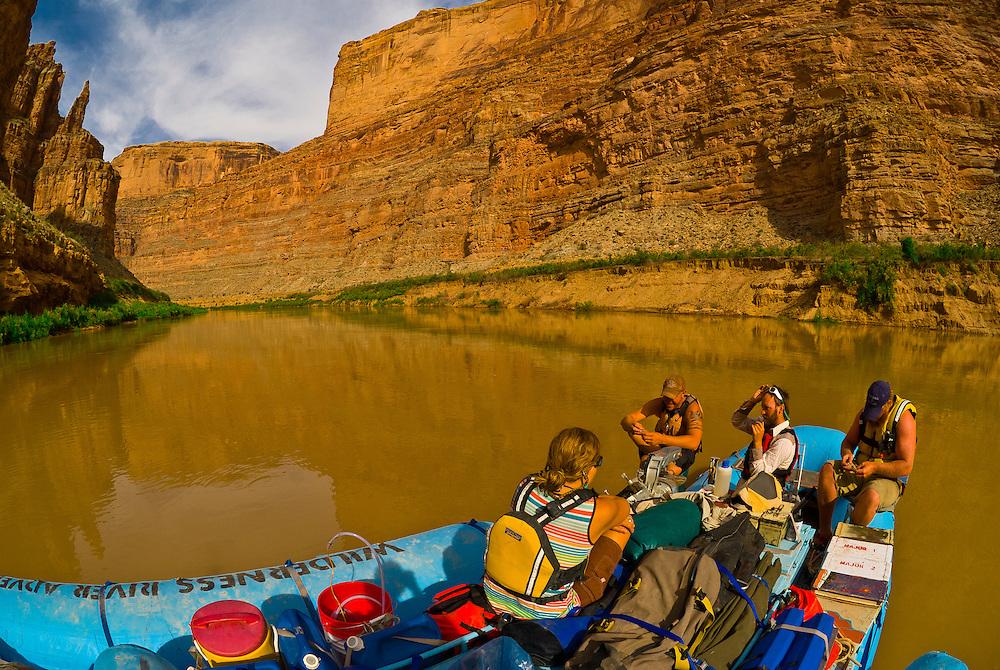 Narrow Canyon, Colorado River, Glen Canyon National Recreation Area, Utah USA