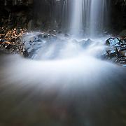 Autumn foliage at Otome waterfall in Koya-keikoku, Nagano Prefecture, Japan. 長野県, 古谷渓谷, 乙女の滝