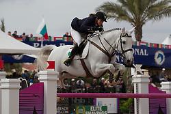 Crooks Jennifer (IRL) - SF Uryadi<br /> Horseware GP CSI 2*<br /> Wellington 2012<br /> © Hippo Foto - Cealy Tetly
