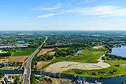 Nederland, Noord-Brabant, Den Bosch, 13-05-2019; Diefkant, riviertje De Dieze en en overloop / waterberging gebied grenzend aan natuurgebied De Diezemonding.<br /> River De Dieze and overflow / water storage area adjacent to nature reserve De Diezemonding.<br /> <br /> luchtfoto (toeslag op standard tarieven);<br /> aerial photo (additional fee required);<br /> copyright foto/photo Siebe Swart