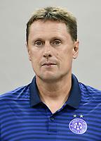 Download von www.picturedesk.com am 16.08.2019 (14:03). <br /> ABD0121_20190716 - WIEN - ÖSTERREICH: Co-Trainer Uwe Hölzl - FK Austria Wien anl. des Mannschafts-Fototermin am Dienstag, 16. Juli 2019, in Wien. - FOTO: APA/HANS PUNZ  _ - 20190716_PD4289
