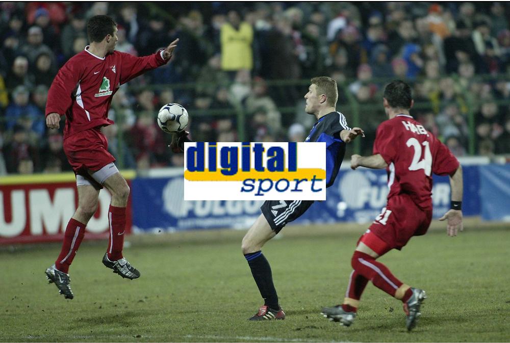 DEBRECEN (HUN)  03/03/2004<br /> FOOTBALL / VOETBAL / SPORT<br /> 1/8 FINALE UEFABEKER / 1/8 FINALE COUPE UEFA / DEBRECEN - CLUB BRUGGE / DEBRECEN - FC BRUGGE / <br /> GERT VERHEYEN /<br /> PICTURE BY NICO VEREECKEN<br /> ©Digitalsport