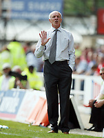 Photo: Rich Eaton.<br /> <br /> Swindon Town v Mansfield Town. Coca Cola League 2. 21/04/2007. Billy Dearden manager of Mansfield Town