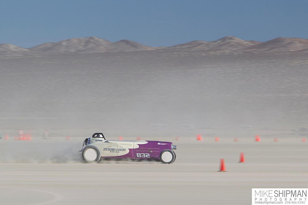 Eyres & Son, 832, eng E, body BFR, driver Eric Eyres, 212.562 mph, previous record 205.888