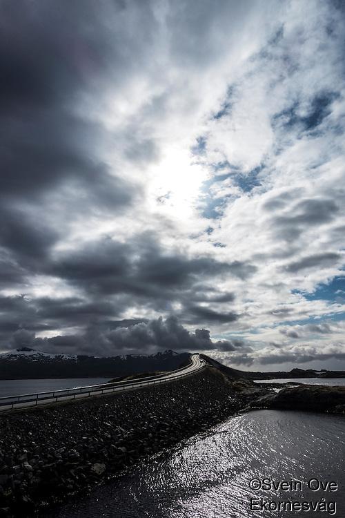 Atlanterhavsveien.<br /> Foto: Svein Ove Ekornesvåg