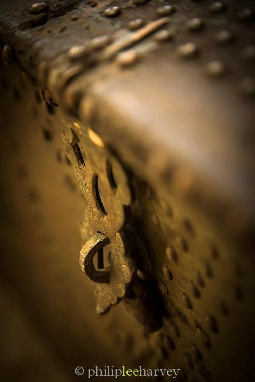 Traditional Arabic chest, United Arab Emirates