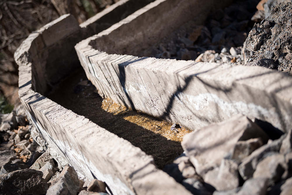 5 January 2018, Azzaden Valley, Morocco: Villagers in the Azaden valley in Morocco are building a concrete water conduit, to lead part of the water from the valley's central river down to the village of Azrafsan. The construction is undertaken with support from the Moroccan government, in an effort to support life in the countryside and make sure more people can stay in their home villages, rather than to move to the country's urban areas.