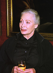 Art patron MRS DORIS SAATCHI, at a reception in London on 16th November 1998.MLZ 15