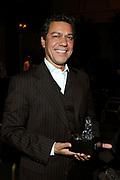 Glamour Awards 2008 in De Wintertuin, NH Grand Hotel Krasnapolsky te Amsterdam .<br /> <br /> Op de foto:  Frank Sanders met award